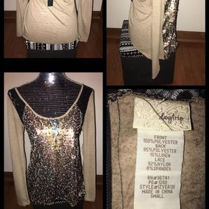 Day trip Long Sleeve BLING Top Size Small
